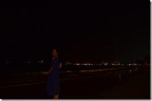 沙滩夜景的敏